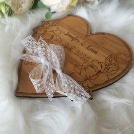 Porte alliance cœur fleurs bois